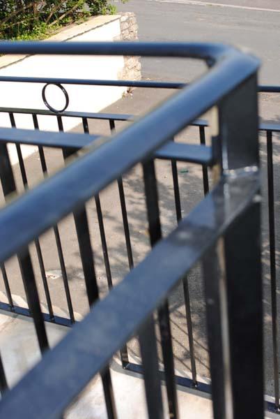 corner-railings