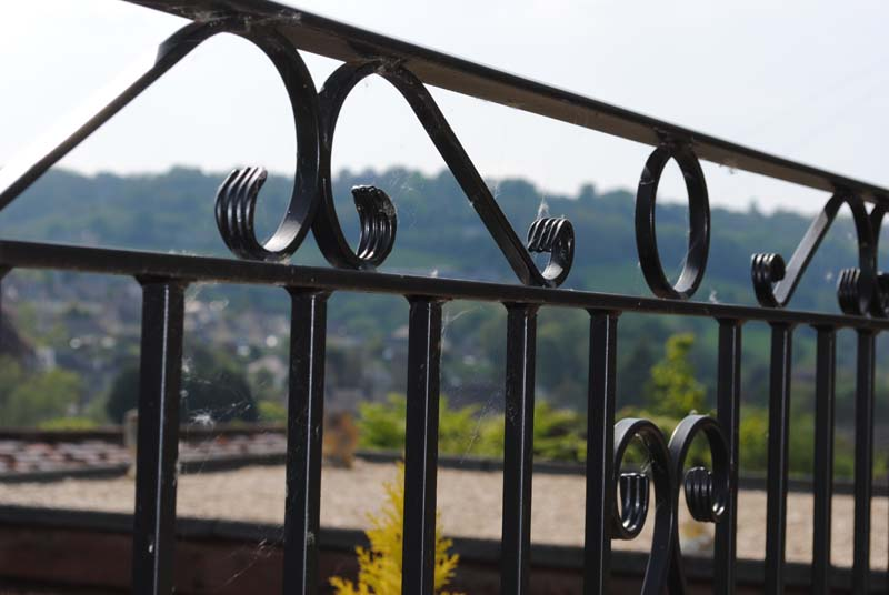 railings-with-scrolls